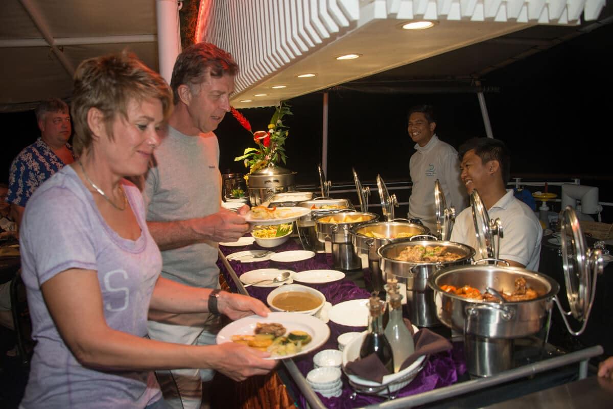 Dining 07