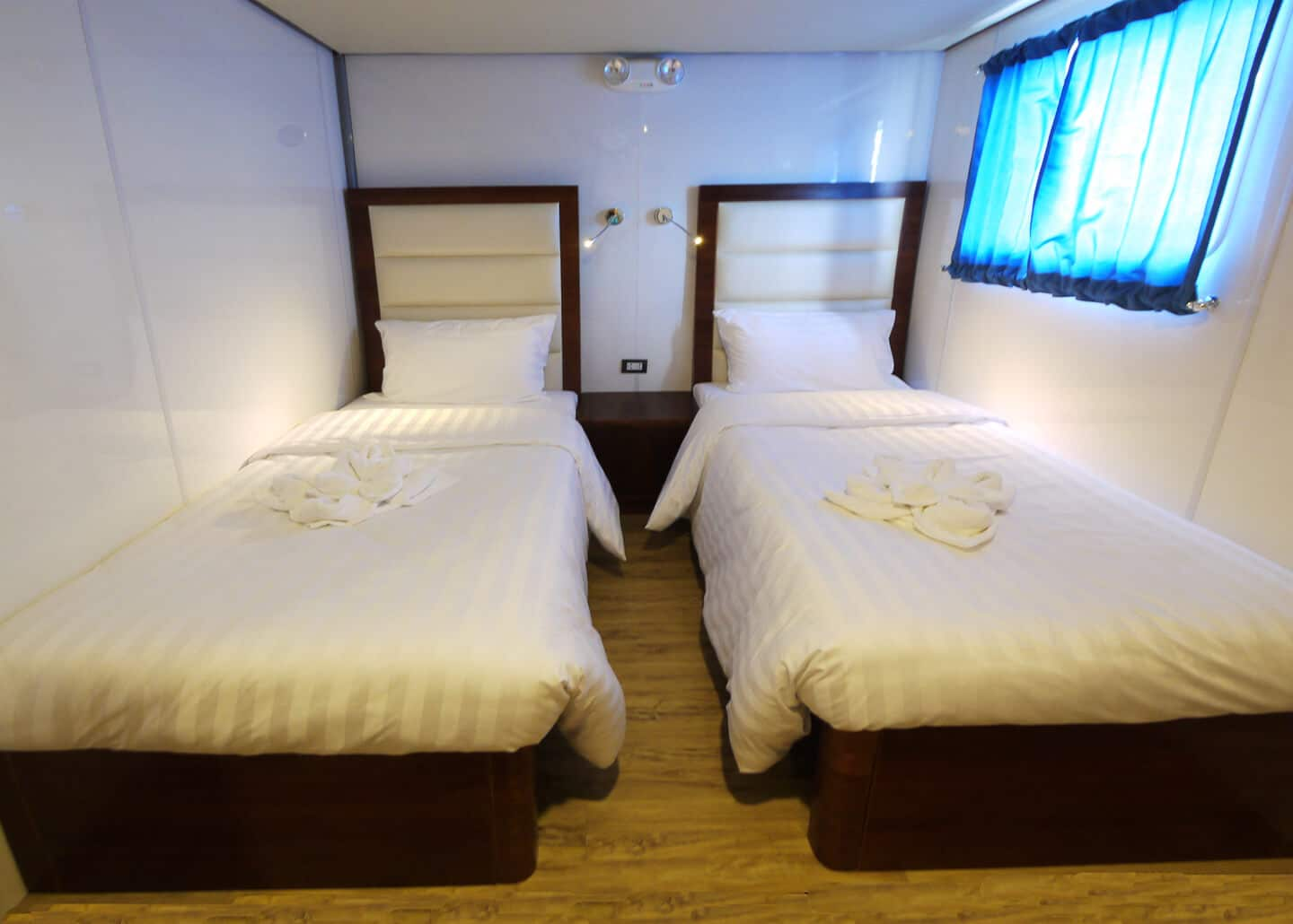 Upper Deck Cabin - Twin Bed