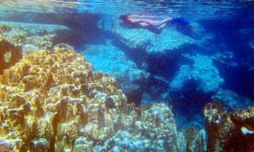Snorkeling Kayangan lake